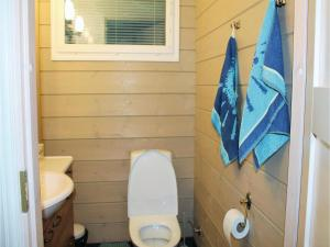 A bathroom at Five-Bedroom Holiday Home in Vartiala