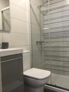A bathroom at My Portugal for All - Oporto Flat