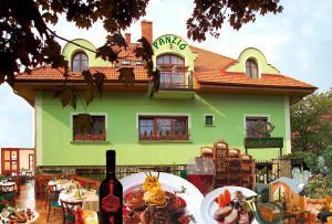 Vadászkürt Panzió és Étterem