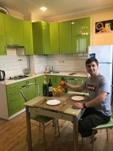 Кухня или мини-кухня в VIP Apartament in the center