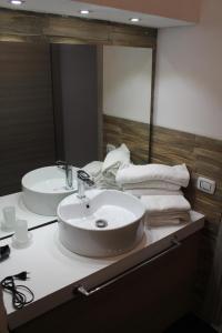 A bathroom at Chalet Alaska
