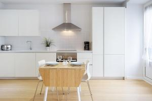 Küche/Küchenzeile in der Unterkunft Apartamentos San Lorenzo 26