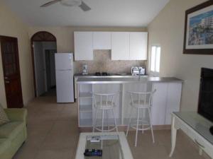 Kuchnia lub aneks kuchenny w obiekcie Salina Cerca Apartments