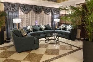 A seating area at Jeddah Kinan