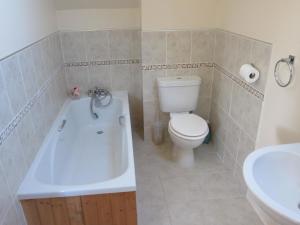 A bathroom at No 9