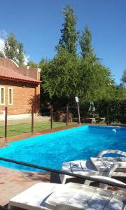 Bazén v ubytovaní Chalets ZB I y II alebo v jeho blízkosti