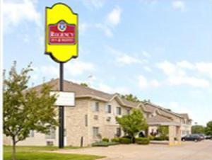 Picture of Regency Inn & Suites