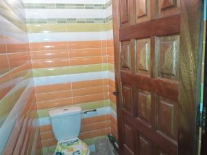 A bathroom at couleur douceur 2