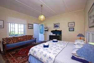 Guinea Fowl Lodge