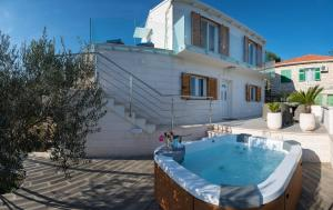 The swimming pool at or close to Villa Ivana with outdoor Jacuzzi