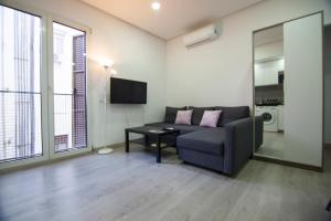 A seating area at Apartamento Céntrico - Montera