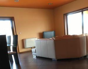 A television and/or entertainment center at Casabel - Moradia com Piscina