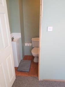A bathroom at The Heart of Dublin