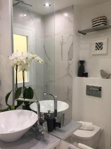 A bathroom at Exclusivo Piso Latina Lavapies