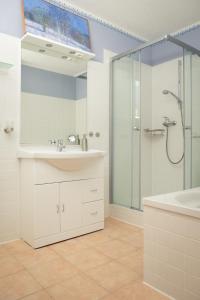 A bathroom at Hermannsmühle Bardenitz