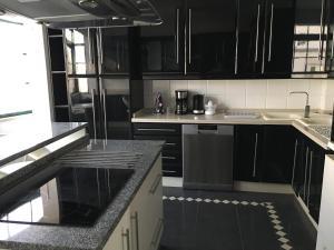 A kitchen or kitchenette at Casa da Ponte Velha