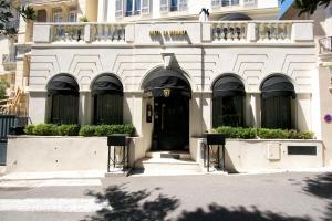 hotel de monaco cap d 39 ail tarifs 2019. Black Bedroom Furniture Sets. Home Design Ideas
