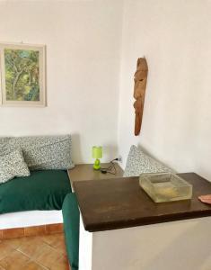 A kitchen or kitchenette at Appartamento MareBello