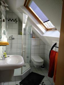 A bathroom at Katharina