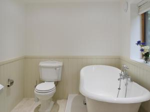 A bathroom at Forest Cottage