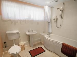 A bathroom at Field Way