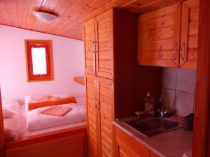 A kitchen or kitchenette at Minilux Studio