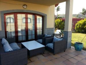 A seating area at Villa Green con Grandes Vistas