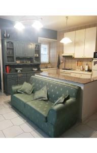 A kitchen or kitchenette at Casa Gina