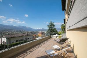 A balcony or terrace at Besos de Sol