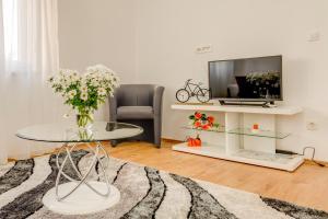 Кът за сядане в LCT Holiday Home Florentina