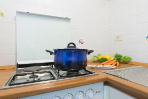 A kitchen or kitchenette at Fragola