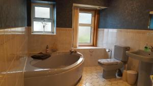 A bathroom at Clarendon