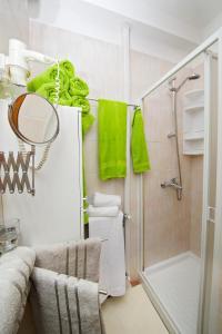 A bathroom at Melanija 1