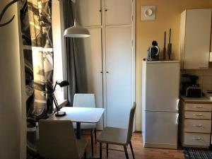 Et badeværelse på Cozy studio in Helsinki City Center