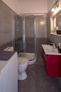 A bathroom at Archer Sea view Apartment