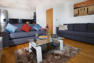 A seating area at IncityNow Penthouse