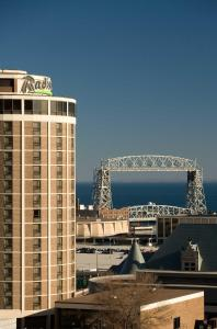 From 145 Picture Of Radisson Hotel Duluth Harborview