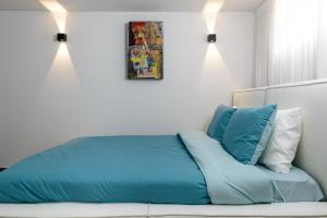 Sweethome26 Luxury Apt 2 Minutes From The Beach/Free Parking 객실 침대