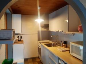 Cuisine ou kitchenette dans l'établissement L'Edelweiss 29F