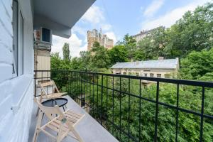 A balcony or terrace at Partner Guest House