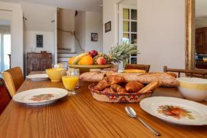 Options de petit-déjeuner proposées aux clients de l'établissement Villa Vineyards