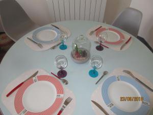 Restaurant ou autre lieu de restauration dans l'établissement Au bon air