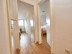 A bathroom at Reethaus Zickersche Berge - Apt. 01