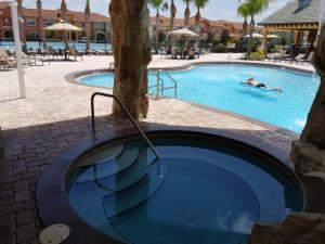 A piscina em ou perto de Candy Four-Bedroom Townhouse #8879