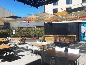 Un restaurante o sitio para comer en Appart hotel & spa Cerdanya