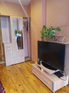 Televizors / izklaižu centrs naktsmītnē Ventspils Apartments