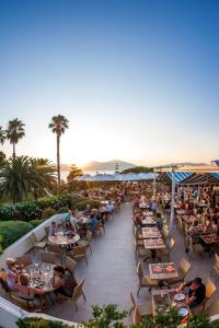 A restaurant or other place to eat at Residence Club Marina Viva