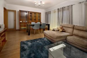 Et sittehjørne på Apartamento Bisengototo