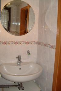A bathroom at Ihre Wohnung im Grünen