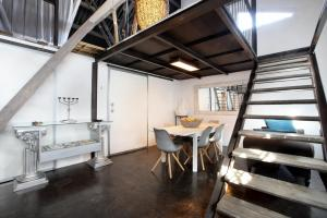 Een TV en/of entertainmentcenter bij Lux Loft City Center